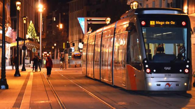 horaio autobuses y tranvía en Nochebuena y Nochevieja