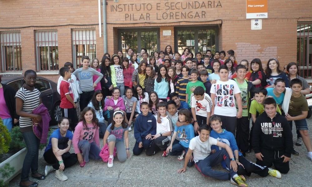 Alumnos del IES Pilar Lorengar, centro de referencia del colegio La Jota.