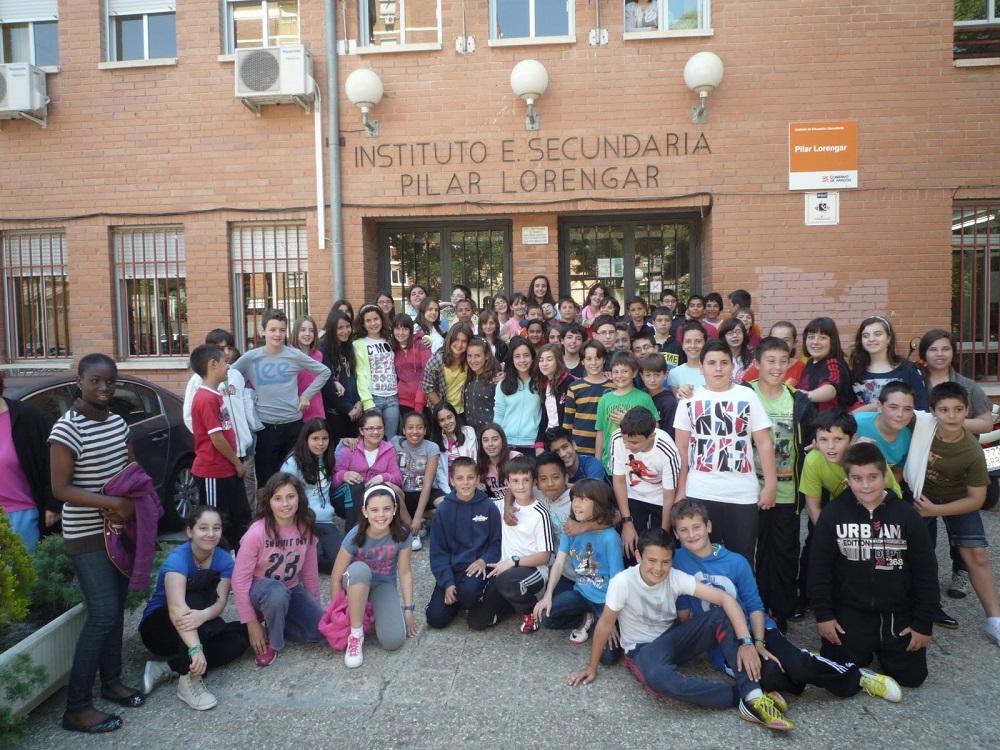 El colegio de la jota pionero en ofrecer aulas para secundaria barrio la jota - Centro de salud barrio del pilar ...